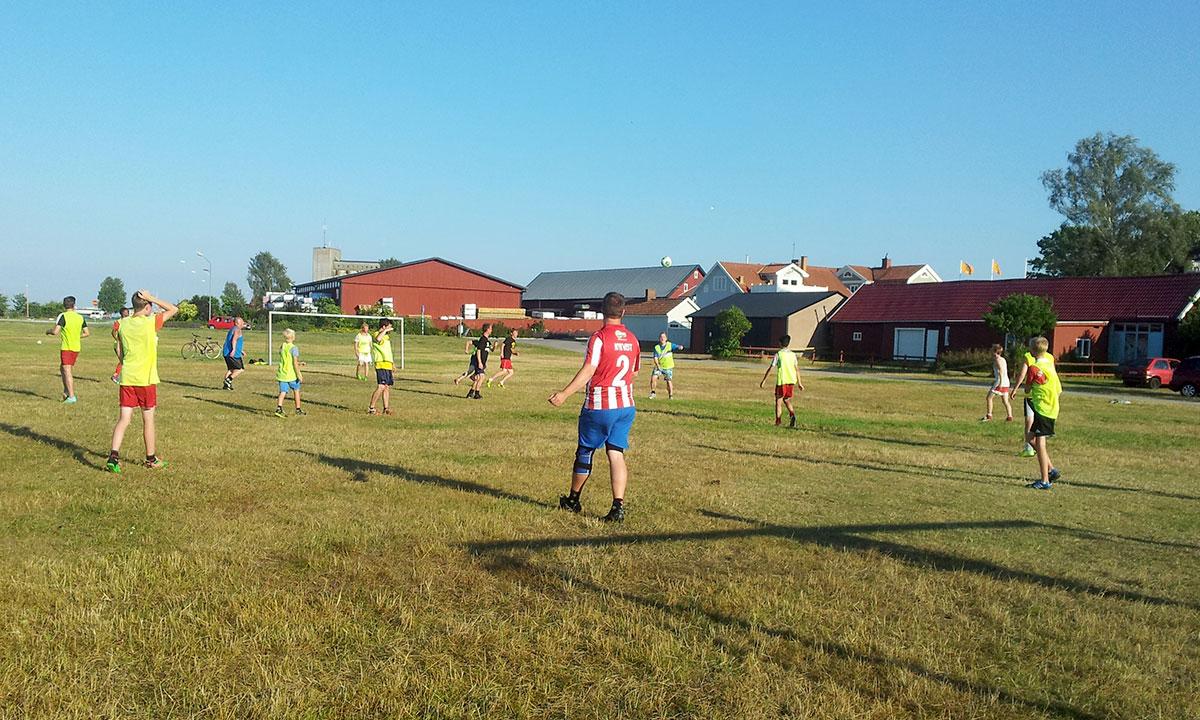 Sommarfotboll på Sjöslätten, Bergkvara AIF